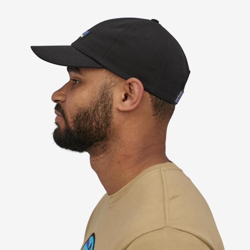 Patagonia P-6 Label Trad Cap Black en coton biologique